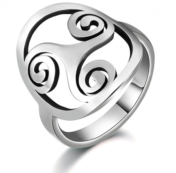 Ring mit Triskele Symbol - Edelstahl - verschiedenen Größen erhältlich